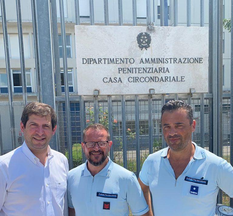 Teramo, Quaresimale visita il carcere di Castrogno: tante le criticità