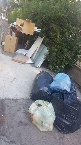 Silvi, ancora rifiuti in zona Piomba: la segnalazione FOTO