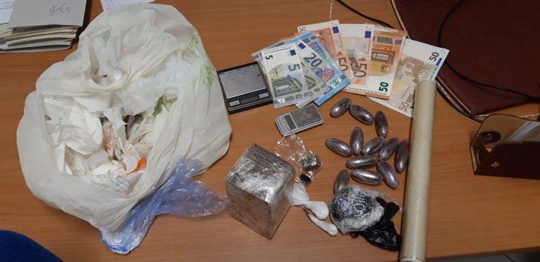 Alba Adriatica, in casa un mini-market della droga: scatta il blitz dei carabinieri