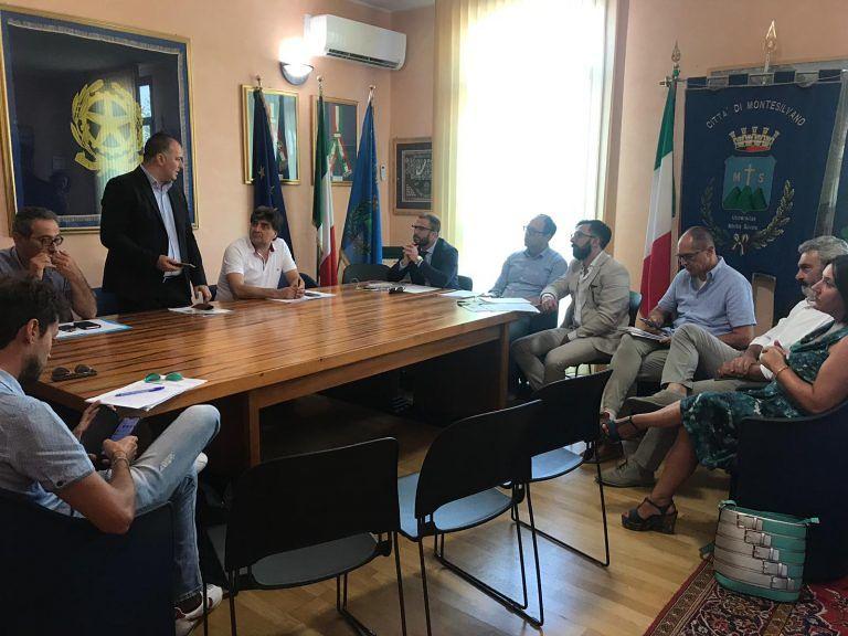 Rigopiano, incontro dei sindaci dei comuni delle vittime: 'elargire 10 milioni nel 2020'