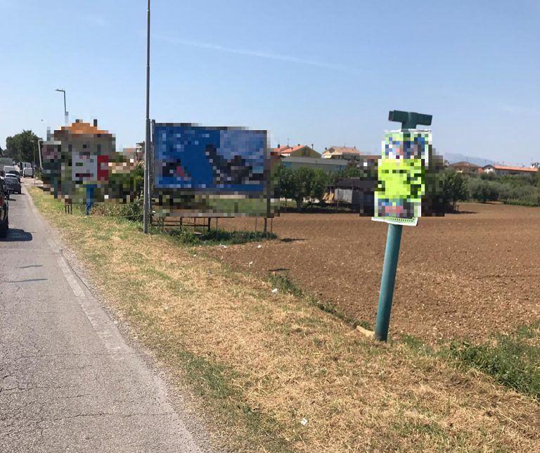 Giulianova, sfalcio dell'erba in via Cupa e via per Mosciano. Presto il nuovo asfalto (anche nelle vie Falgioni e Montello)