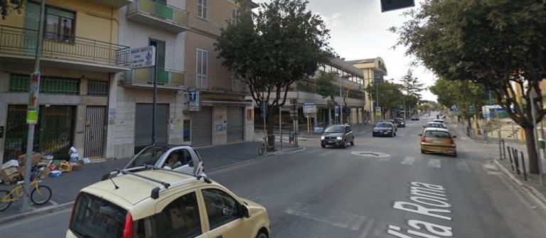 Alba Adriatica, semaforo fuori uso da giorni: pericoli e disagi