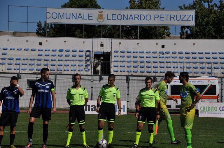 Risultati anticipi Eccellenza e Promozione Abruzzo: pari nel derby pescarese e prima gioia per il Miano