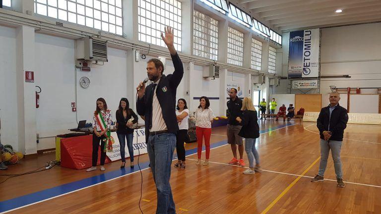 Giulianova, progetto 'EasybasketinClasse': primo premio alla IID della Scuola 'Don Milani'. Alunni premiati da Jack Galanda