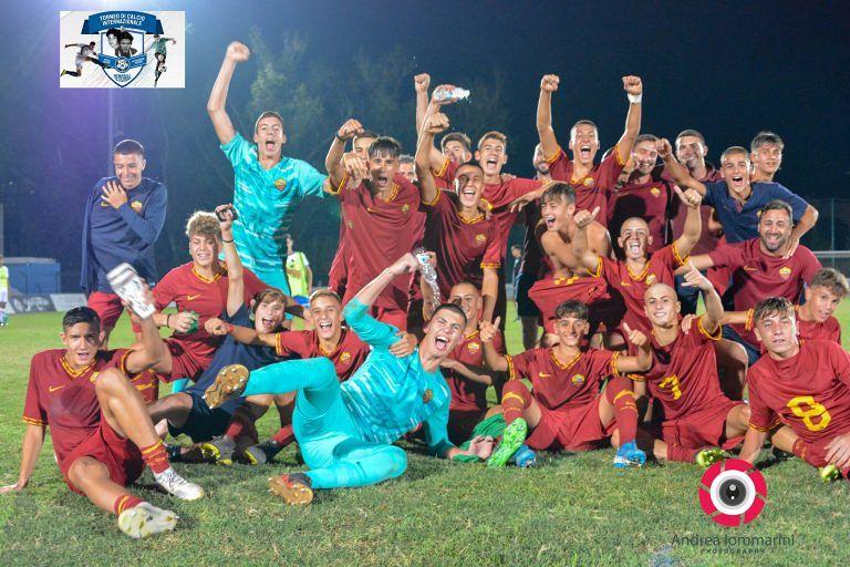 Pineto, l'AS Roma vince l'ottavo Memorial Mariani-Pavone FOTO VIDEO