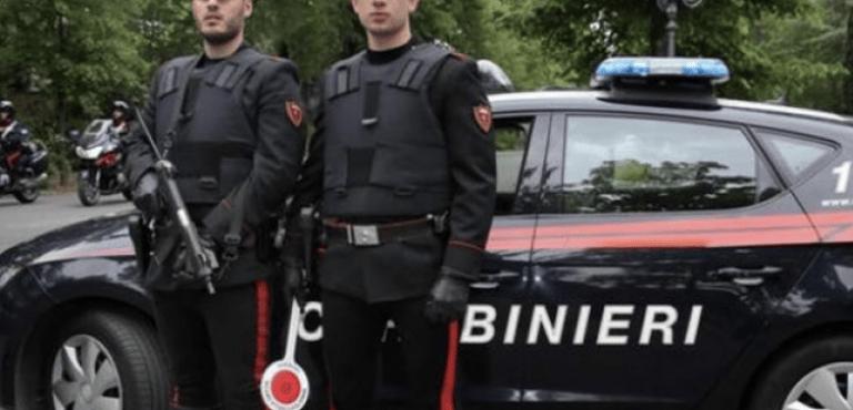 Pescara, arrestato per 4 spaccate in una notte: evade con una Panda rubata
