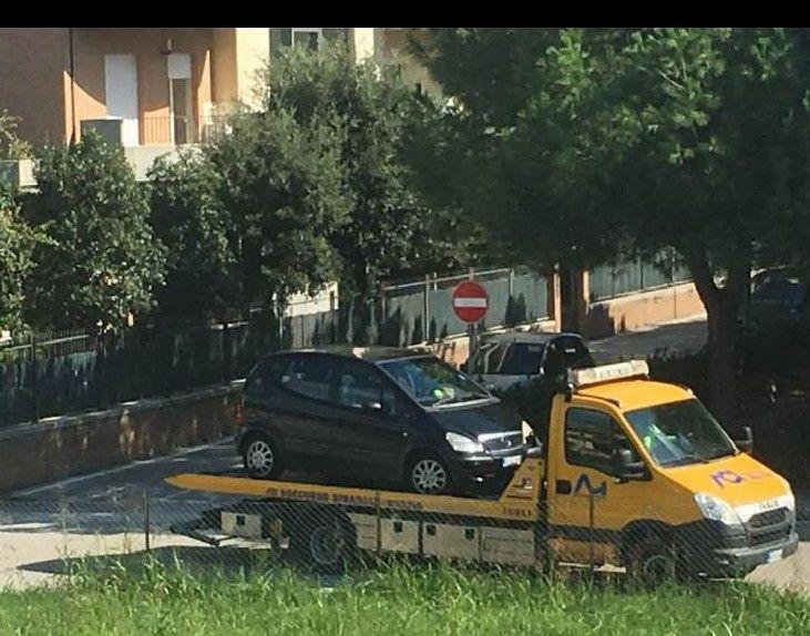 Alba Adriatica, donna morta in auto. L'autopsia conferma l'overdose