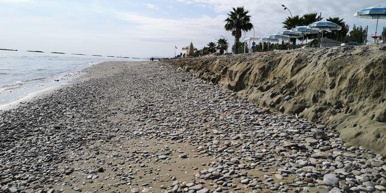 Roseto, erosione: la rabbia dei balneatori. Atteso sopralluogo di D'Annuntiis