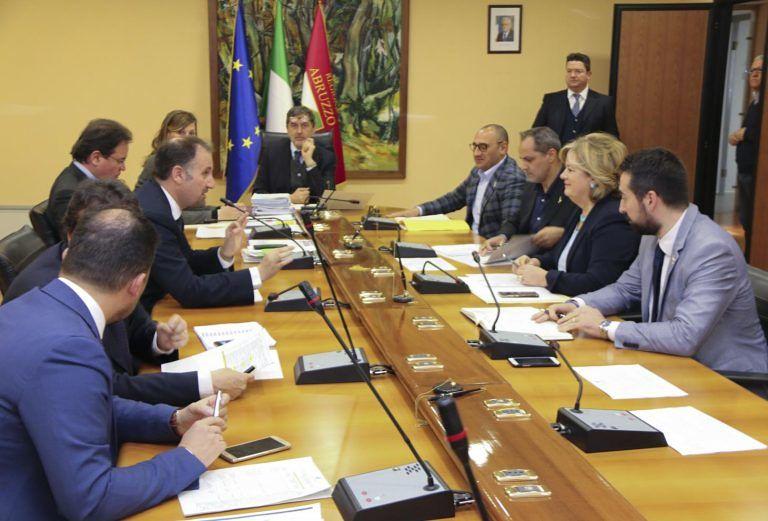 Rifiuti Roma capitale in Abruzzo: ok dalla giunta ma con una tariffa più alta