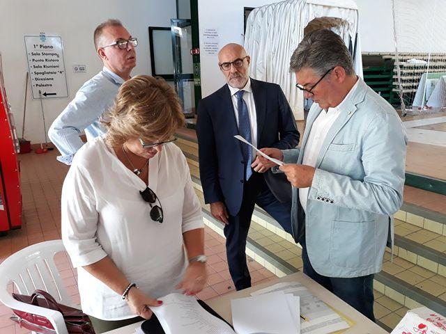 Chieti, riconsegnati al Comune i Palazzetti dello Sport di Santa Filomena e Colle dell'Ara
