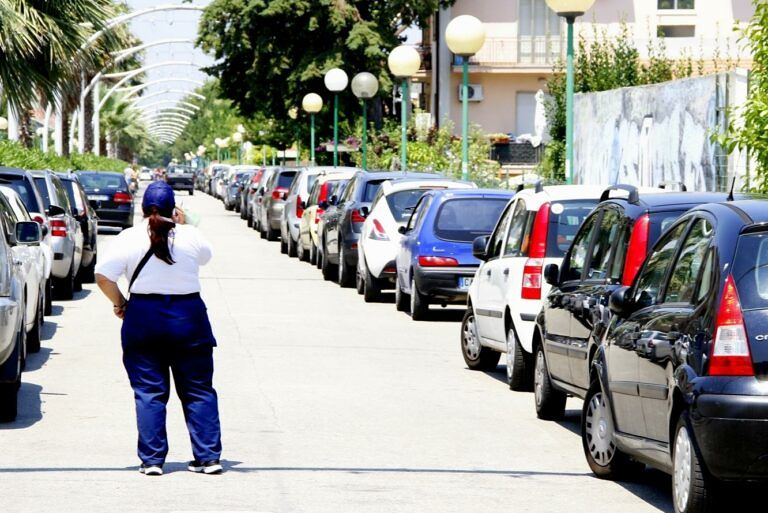 Lockdown Pescara, parcheggiatori senza stipendio da due mesi: il caso al Prefetto