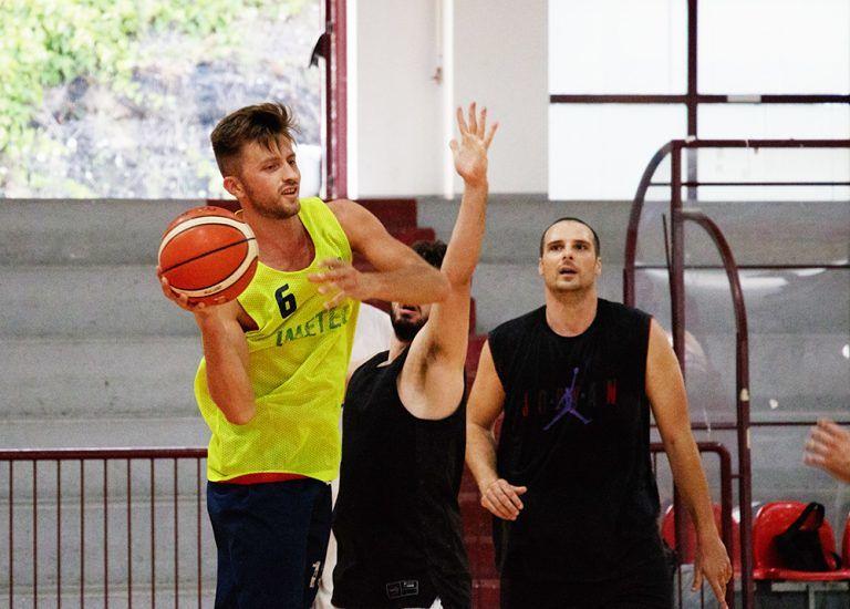 Basket, secondo posto per la Teramo a Spicchi al Memorial Zingaro. Sabato il primo match della stagione