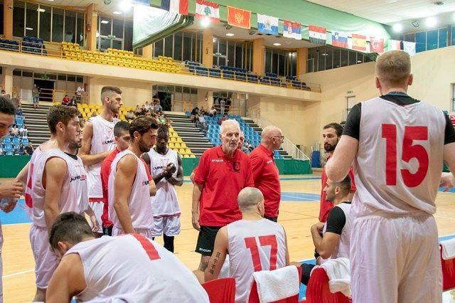 Esordio amaro per l'Unibasket Lanciano: Vigor Matelica passa 75 a 71