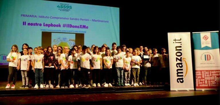 Martinsicuro, l'istituto comprensivo vince il video-contest del Dono Day 2019 FOTO