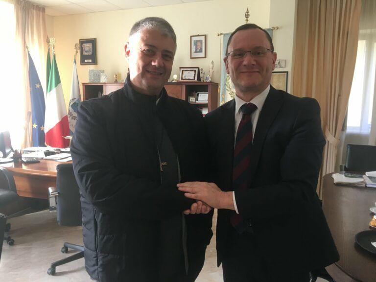 Roseto, Di Girolamo dà il benvenuto al nuovo parroco del Sacro Cuore