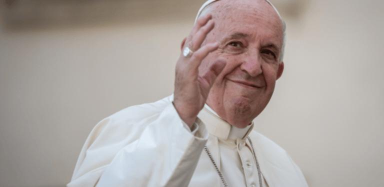 """Teramo, il sindaco scrive a Papa Francesco: """"Difficoltà post-sisma, aspettiamo Sua visita"""""""