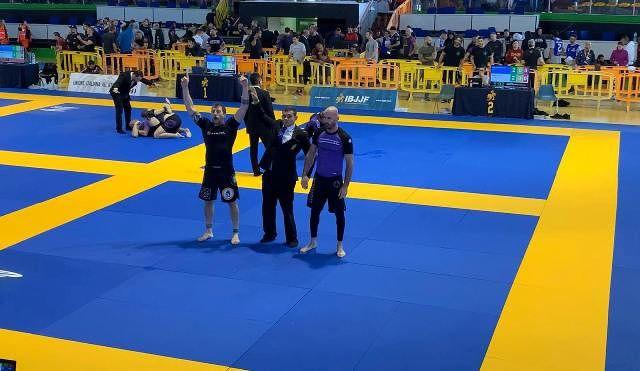 Medaglia d'Oro Campionati Europei IBJJF NO-GI per Giuseppe Tivolesi