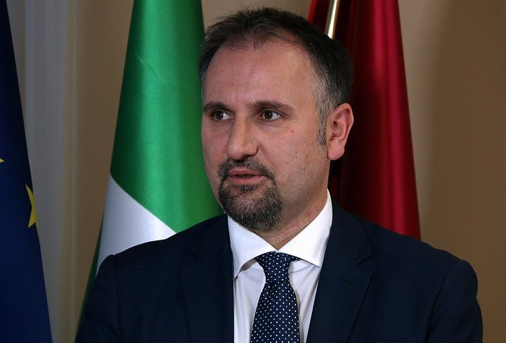 """Abruzzo, Liris: """"Fondi Restart destinati esclusivamente alle imprese"""""""