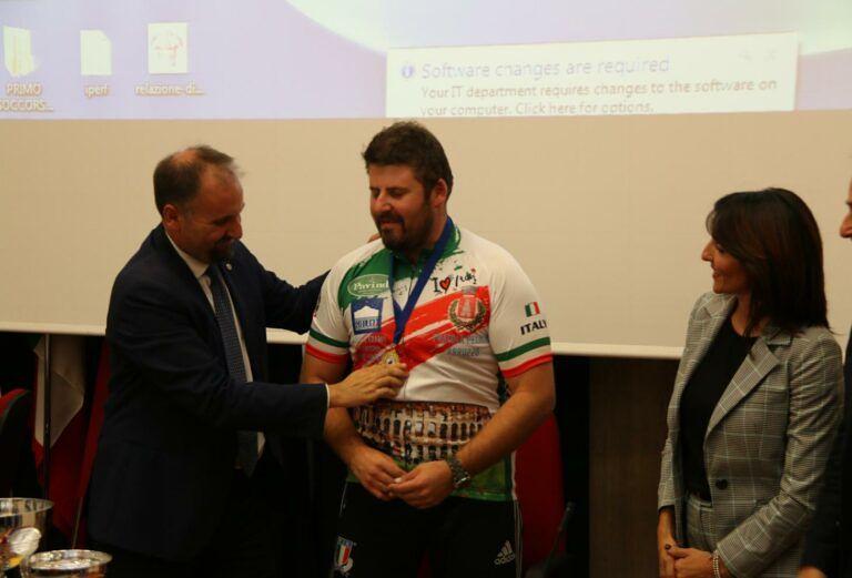 Regione, l'assessore Liris premia le eccellenze sportive abruzzesi