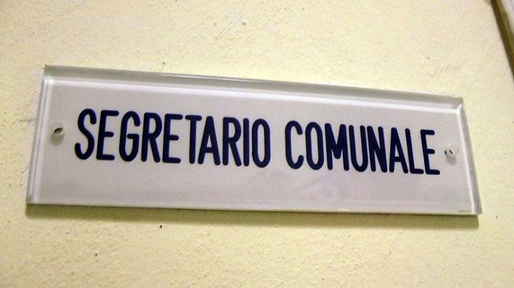 Abruzzo, carenza segretari comunali: Anci chiede un incontro col Ministro dell'Interno
