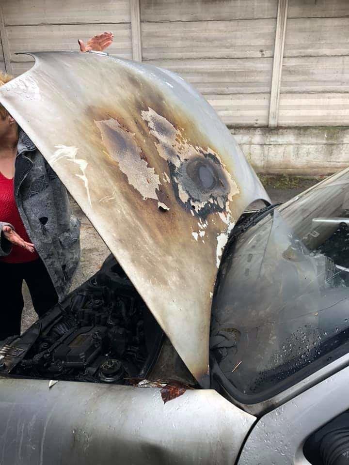 Pescara, denuncia i criminali del Ferro di Cavallo e le bruciano l'auto