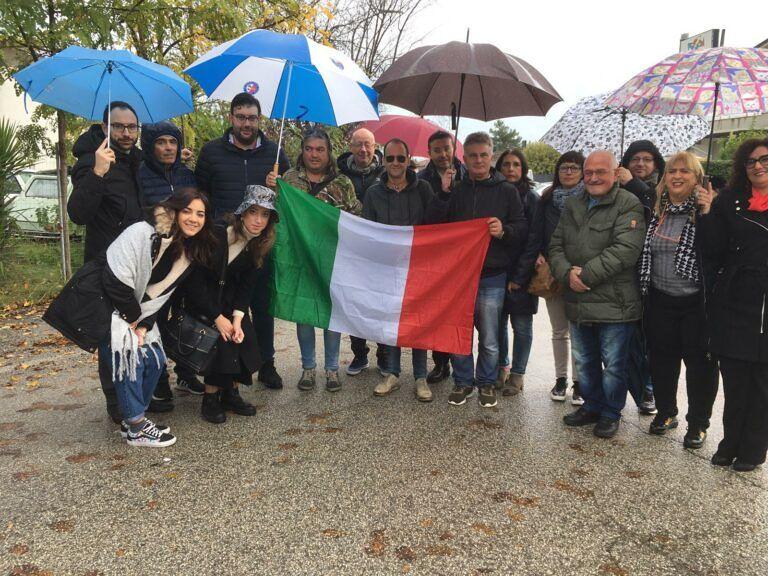 """Nereto, Fratelli d'Italia sfila al corteo """"no depuratore"""""""