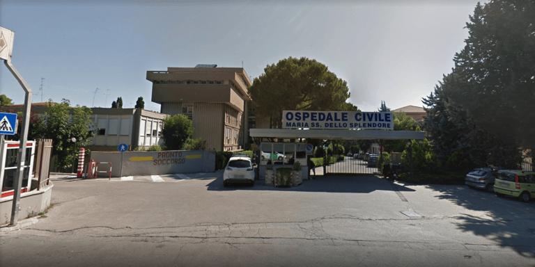 Giulianova, sorpreso dai carabinieri un parcheggiatore abusivo all'ospedale