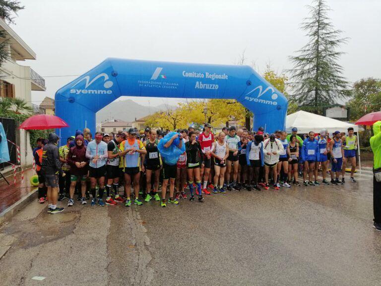 Podismo, Adugna e Mancini protagonisti sotto la pioggia a Castelnuovo