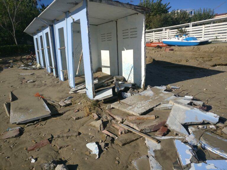"""Alba Adriatica, la spiaggia """"sfigurata"""" dopo la mareggiata bis FOTO VIDEO"""