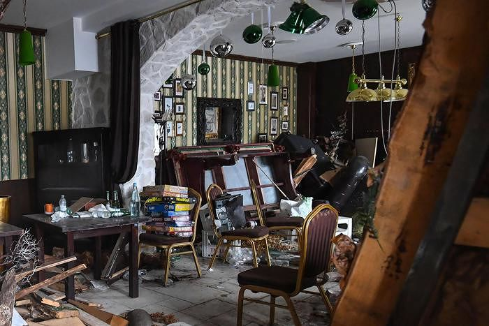 Rigopiano, all'asta i vini dell'Hotel, choc tra le famiglie delle vittime