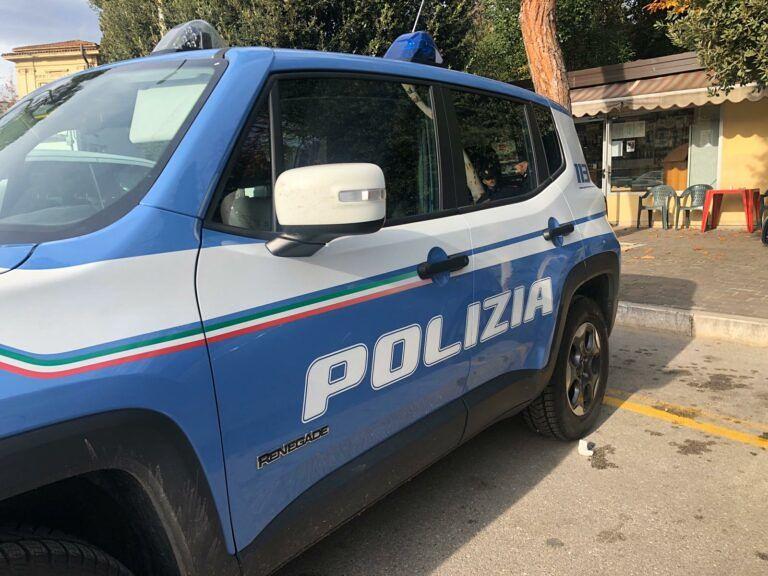 Pescara, poliziotto aggredito durante un controllo sulla strada parco