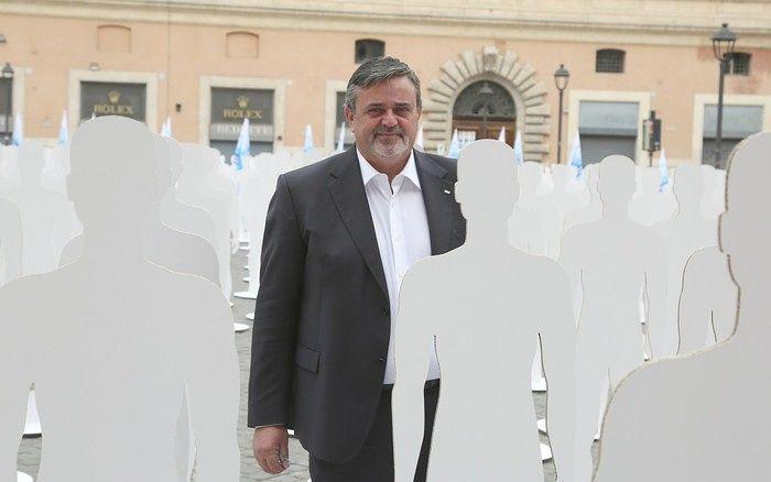 Morti bianche: 30 sagome in piazza Duomo per le vittime sul lavoro