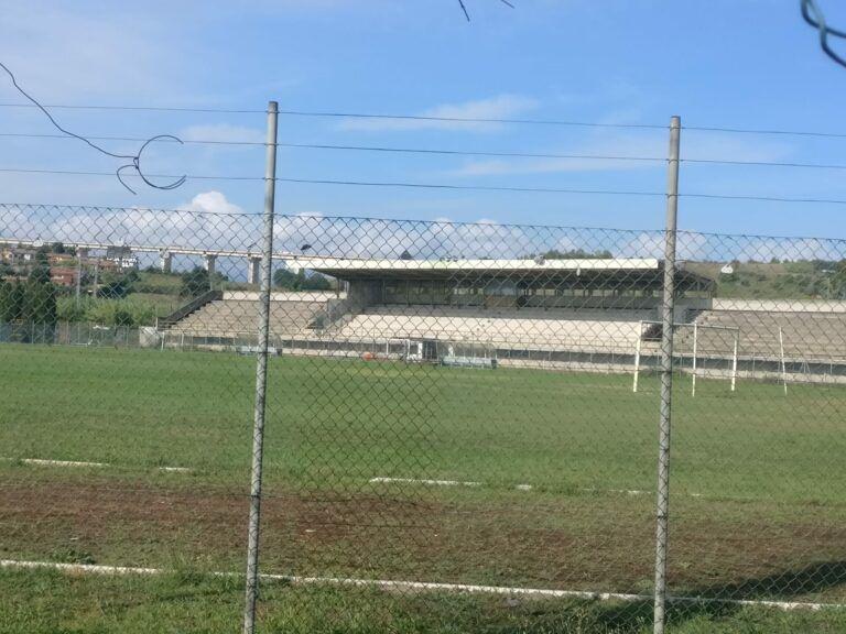 Tortoreto, erba sintetica per lo stadio Pierantozzi: il Comune partecipa al bando governativo