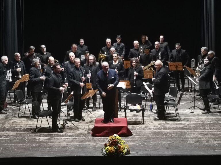 Atri, grande successo per il Concerto Bandistico Vittorio e Bruno Celli di Casoli