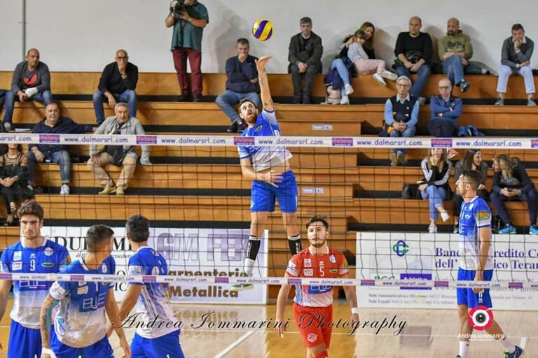 Volley, Blueitaly Pineto vince il derby contro Virtus Paglieta