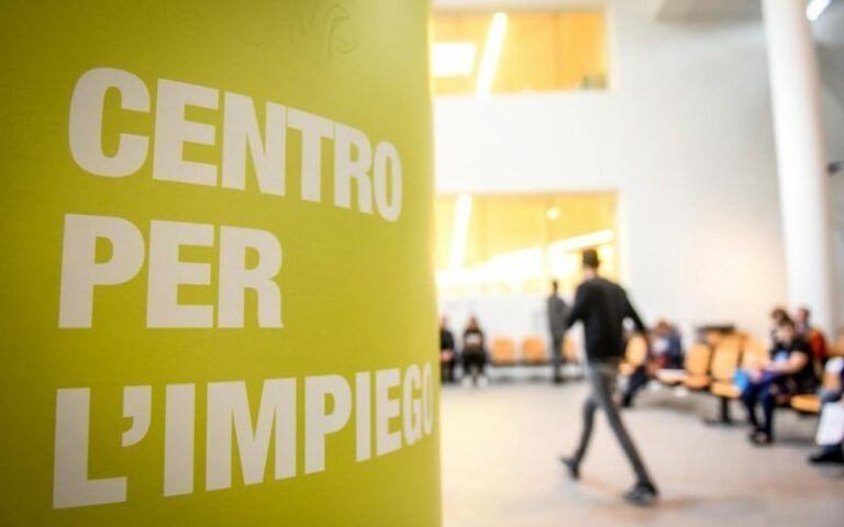 Abruzzo, centri per l'impiego: stop ai servizi fino al 16 dicembre