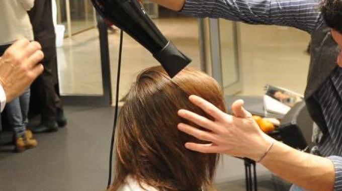 Spostamenti nella zona arancione per clienti di parrucchieri ed estetiste. La Cna scrive ai prefetti