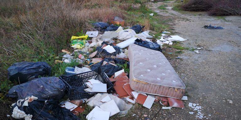 Roseto, M5S denuncia: 'città nel completo degrado'