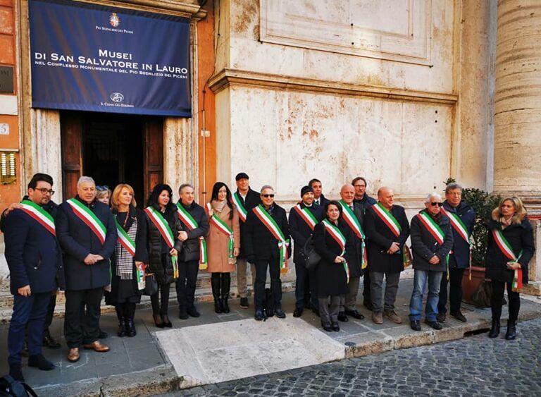 """Sindaci a Roma per il Decreto Sisma. D'Alberto: """"Pronti a riconsegnare fasce"""" FOTO VIDEO"""