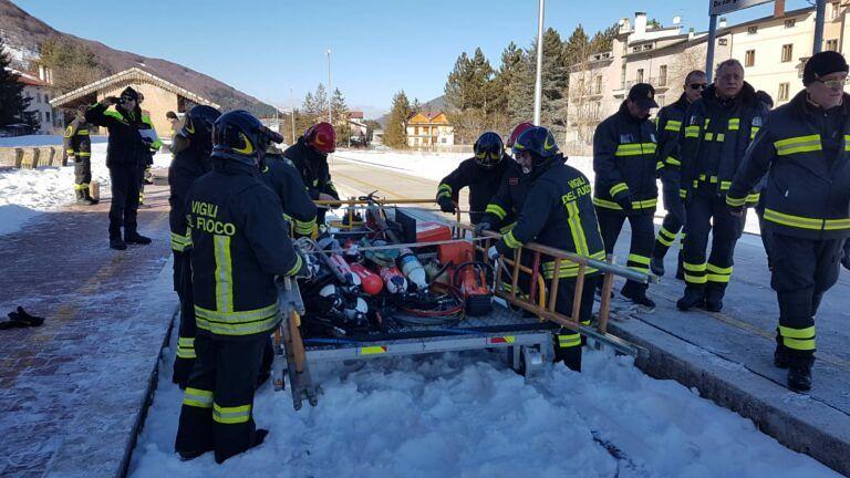 Roccaraso, treno turistico: simulato soccorso in galleria FOTO