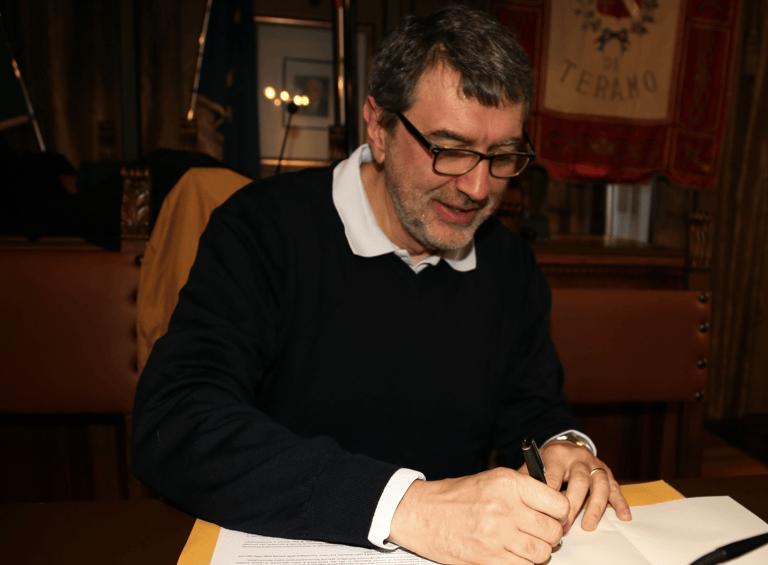 Covid19, imprese e sindacati scrivono a Marsilio: ecco le proposte per salvare e rilanciare l'Abruzzo