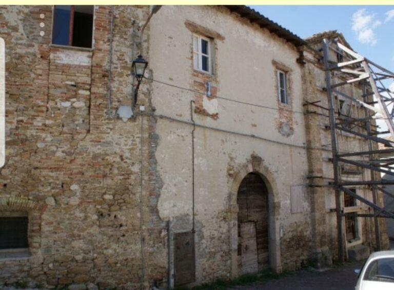 """Montorio, """"Adotta un monumento"""": giornata dedicata alla casa natale di Melchiorre Delfico"""