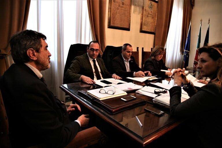 Rigopiano, due incarichi legali della giunta regionale: in uno si costituisce parte civile