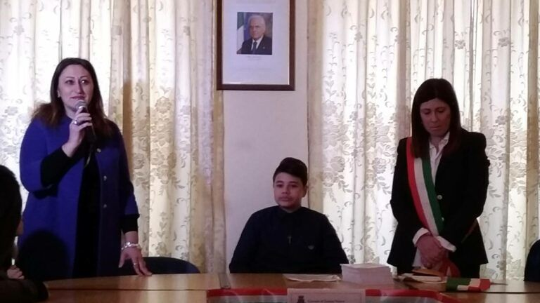 Torano Nuovo, si è insediato il baby sindaco con il nuovo consiglio comunale dei ragazzi FOTO