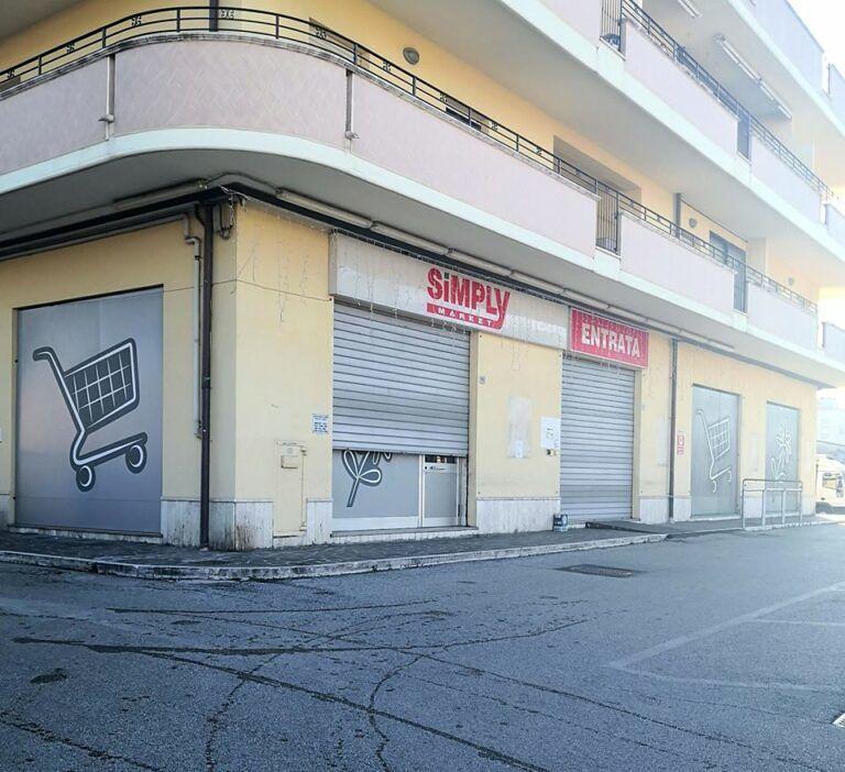 Villa Rosa, chiude lo storico supermercato di Campo Casone