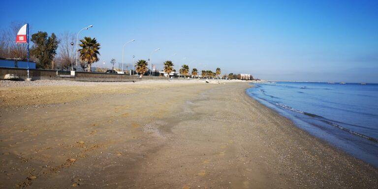 Cologna, il mare restituisce 15 metri di spiaggia FOTO