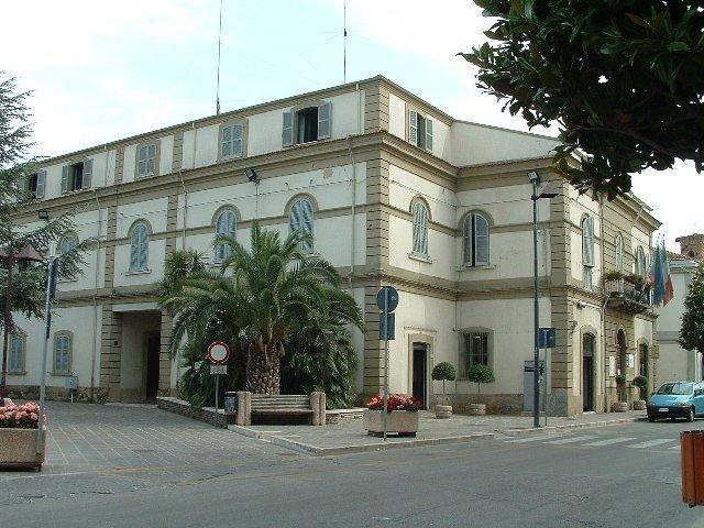 Giornata della legalità, lenzuolo bianco al Municipio di Fossacesia per ricordare la strage di Capaci