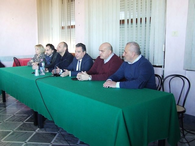 Chieti, Fabrizio Di Stefano è il primo candidato sindaco VIDEO