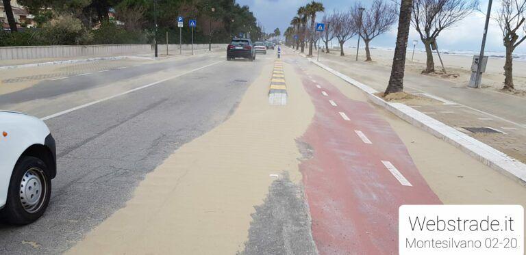 Montesilvano, lungomare invaso dalla sabbia: il comitato Saline MarinaPP1 diffida il Comune