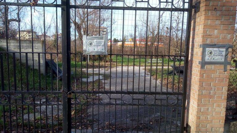 Pescara, la denuncia di CasaPound: Parco fluviale e ponte di legno nel degrado FOTO